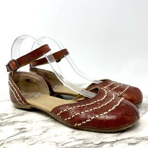 Aborigen ankle strap leather flats Mexico 7.5